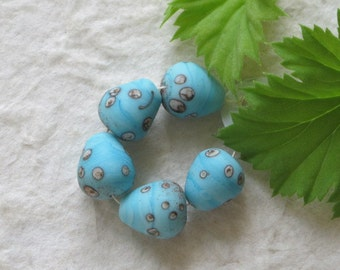 5 Tiny Turquoise Speckled Birds Egg Beads Handmade Lampwork Glass