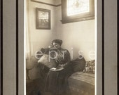 Vintage - Victorian Woman - Cabinet Card Photograph