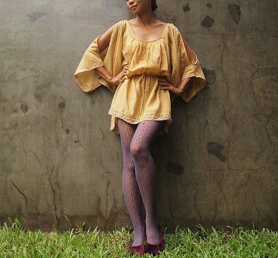 30 USD Sale Kimmy...Lace detail tunic Mustard mixed silk (one size fits M-XL)(1415)