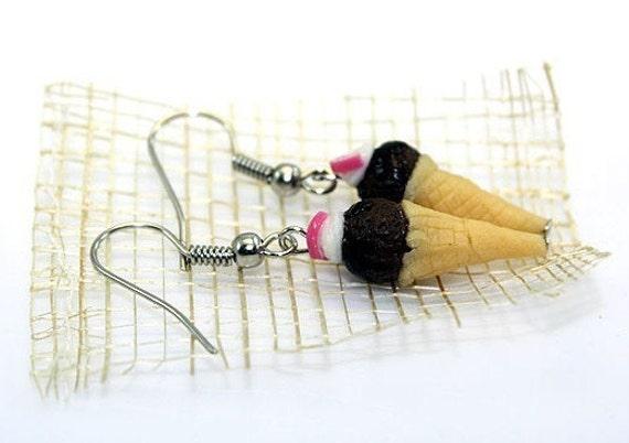 Miniature Food Jewelry, Chocolate ice cream earrings