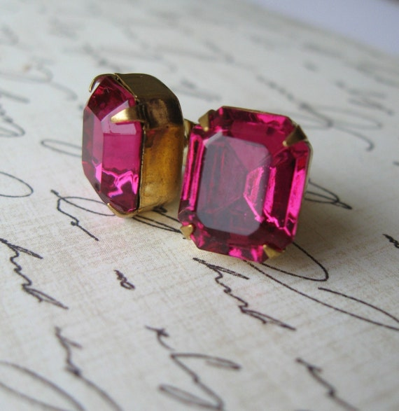 Marilyn . Post Earrings . Classic Hollywood Glam- FREE SHIPPING SALE