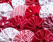 RED N WHITE MINIATURE HANDMADE 1-inch YO YO pieces PEPPERMINT STRIPE RED HEARTS POLKA DOTS DOTTED SWISS SOLIDS Quilt block  Applique  Scrapbook trim tag  Suffolk puff Rosette Christmas Valentines Day HOliday 20
