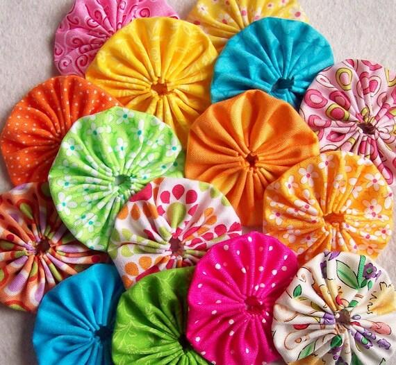 1-inch Fabric Handmade NEON Yo Yo Miniature Retro ViViD Vintage Spring Sunshine Rainbow Colorful QuiLT BLocK  15 yo yo