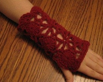Lacy armwarmers, fingerless gloves