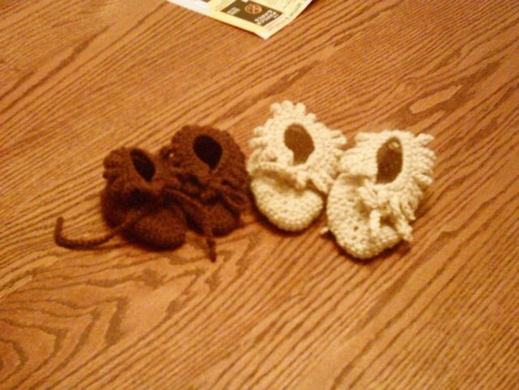 Infant/Toddler crocheted Moccasin style booties