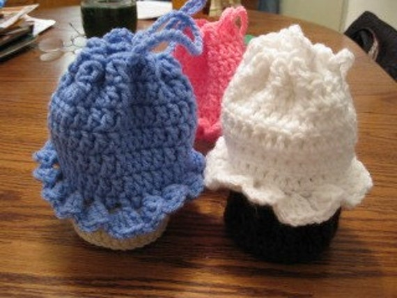 Crocheted cupcake purse/goody bag - you pick colors