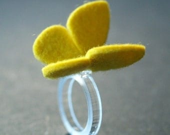 BUTTERFLY RING - 100% wool felt - Butter Cup - medium