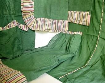 Vintage 1950's Matching Bedspread, Pillow Shams, Curtains, Vanity Skirt and Shoe Holder Bedroom Set