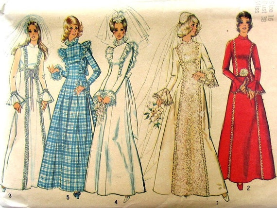 Wedding Gown Pattern Vintage 1970s Simplicity 8313 Bust 38