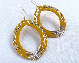 Moroccan Etched Yellow and Silver Metal Hoop Earrings