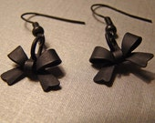 NoirChic Collection adorable bow earrings