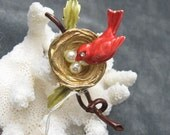 Vintage Trembler Brooch Florenza Red Bird on Nest P3361