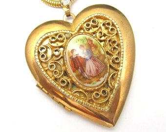 Large Heart Locket Necklace Colonial Vintage Jewelry N3416