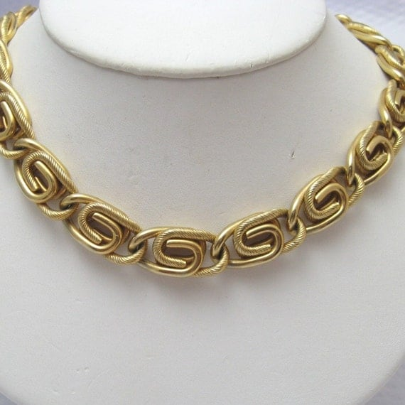 Vintage Wide Paper Clip Chain Necklace Coventry N2072