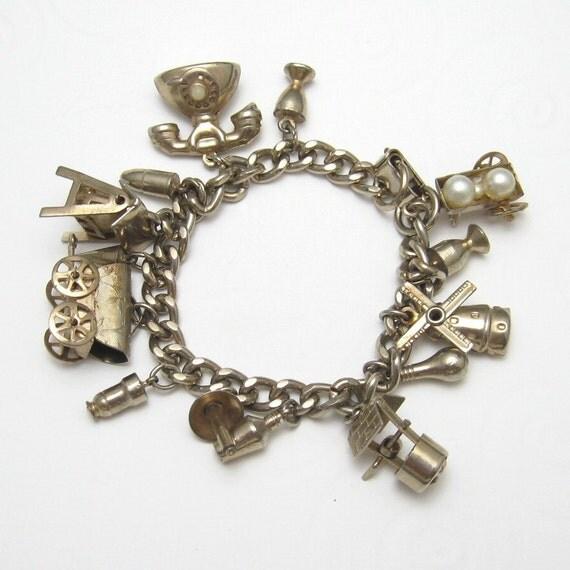 Vintage Charm Bracelet  Fifties B2484