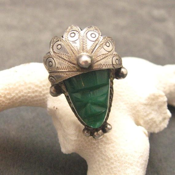 Vintage Sterling Ring Large Mask Green 1930's R4237
