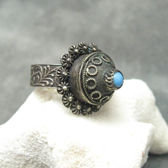 Vintage Poison Ring Silver Egyptian R4502