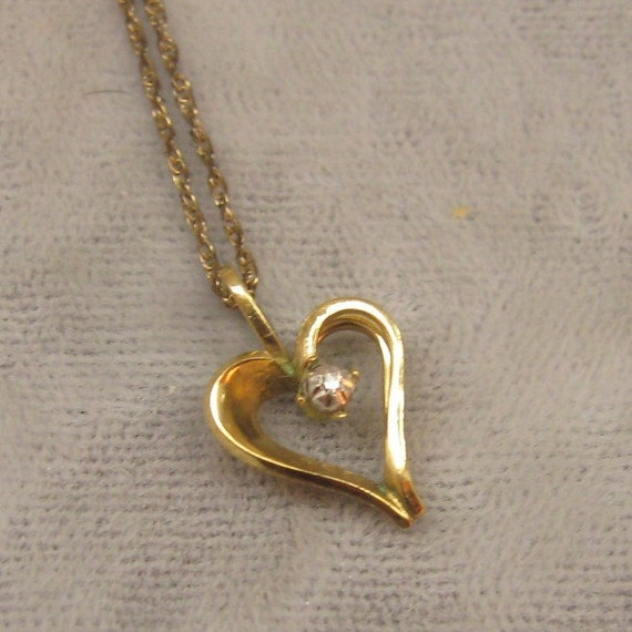 Vintage Necklace Sweet Gold Filled Heart with Clear Stone N2770