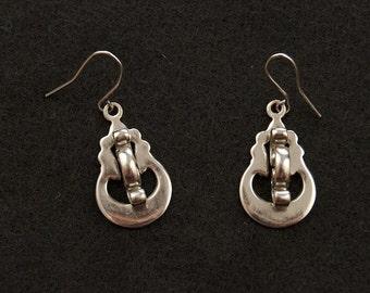 SALE WAS 22 Silver Modernist Dangle Earrings