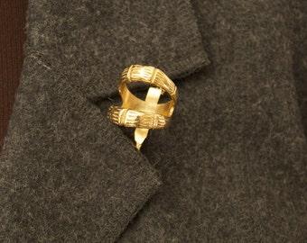Vintage Karma Scarf Holder Brooch Pin