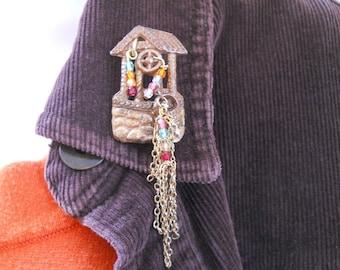 Make a Wish brooch - upcycled wishing well brooch - Czech glass, chain