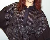 vintage 80s GLITTER HORIZON black and sparkle silver bubble lesiure shirt