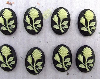 Black Cream Flower Cabochons Cameos