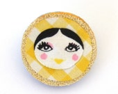 Doll face brooch Yellow gingham