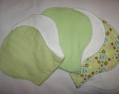 Set of three unisex contoured burp pads
