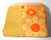 Rare Vintage Flower Power Yellow Daisy Tablecloth by Quaker Lace
