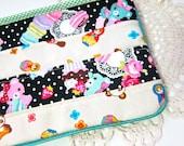 Zakka patchwork case / make-up pouch - Matryoshka toys & lace macaroons