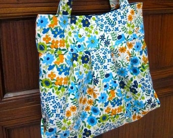 SALE 29.9  - Pleated canvas tote - Japanese light canvas floral by Lecien