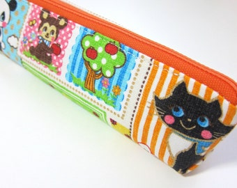 Slim pencil case or brush holder -  Linen retro animals