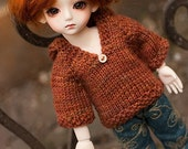 Knitted hoodie for Yo-SD sized doll