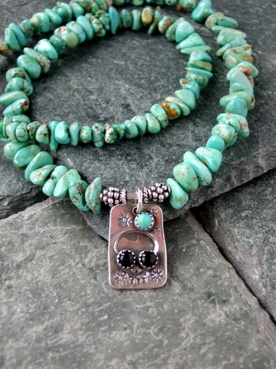 Taos tex carico lake turquoise necklace with silver skull for Turquoise jewelry taos new mexico