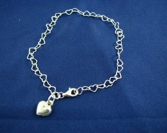 Sterling Silver Heart Links Bracelet with Dangling Charm
