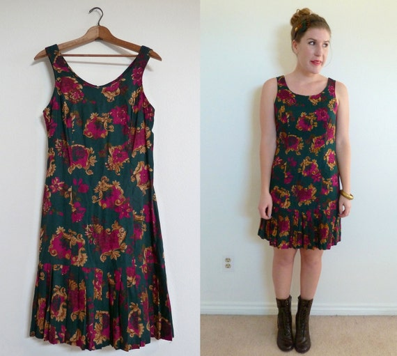 The 70s Dress- Vintage Drop Waist Dress - Size medium large