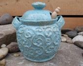 Honey pot robin's egg blue with flourish