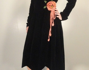 Black Velvet Vintage Dress with Coral Pink Silk Roses and Lining 1920s 1930s