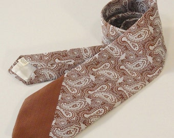 Brown and White Paisley Vintage Men's Neck Tie