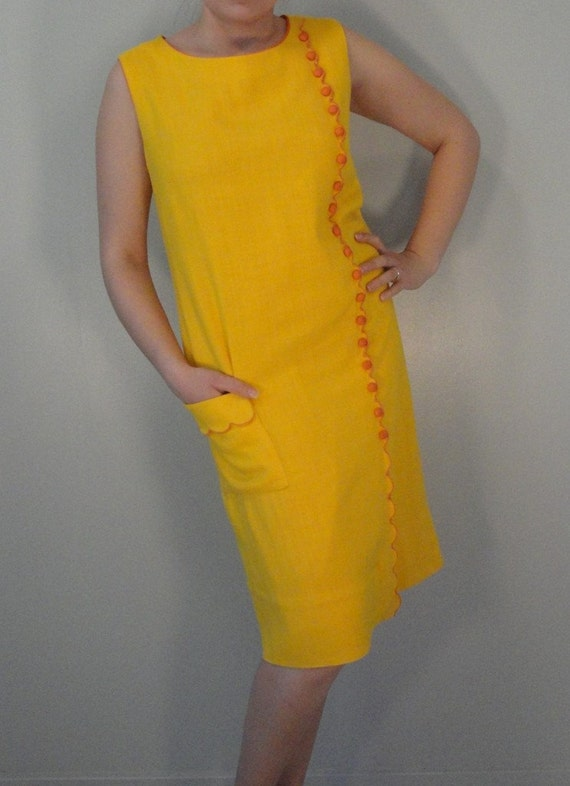 Bright Yellow and Orange Vintage Sleeveless Linen Shift Dress 1960s 1970s Size Medium