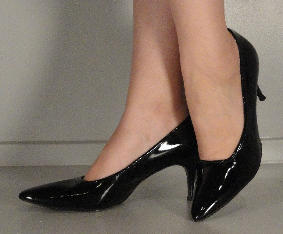 Shiny Black Vintage Pumps Stilettos Heels Shoes by VintageRepeats