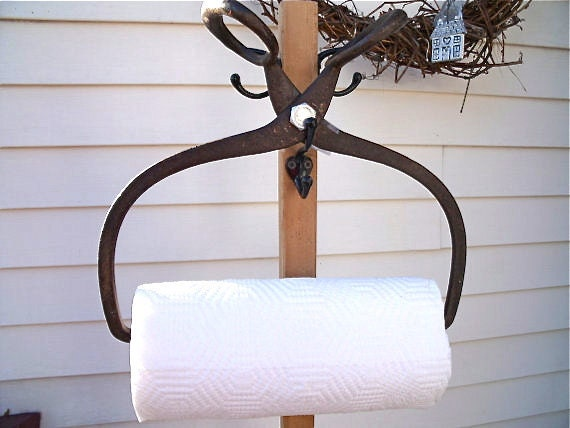 primiTive anTique IcE TonGs PAPER TOWEL HOLDER-HeaVy DuTy CasT iRoN with GreaT paTina-plus roll of Bounty Basics paper towels