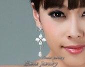 Rhinestone Pearl Wedding Earrings, Bridal Earrings , Silver Stud Dangle Vintage Style Bridal Jewelry, Bridesmaid Earrings, Wedding Jewellery
