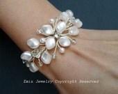 Vine Bridal Bracelets, Swarovski Pearl Wedding Bracelet, Ivory Wedding Jewelry for Brides, Bridesmaids Bracelet, Floral Wedding Jewelry