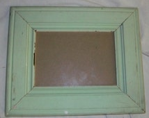SHABBY ARCHITECTURAL SALVAGED Recycled Wood PHOTO Picture Frame VINTAGE S25169
