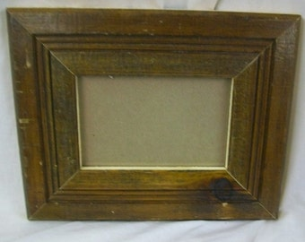 SHABBY ARCHITECTURAL Salvaged Recycled Wood Photo 4 X 6 Picture Frame  Vintage S1342