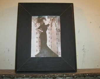 SHABBY ARCHITECTURAL SALVAGED Recycled Wood Photo Picture Frame 5 X 7 Vintage s 197-12