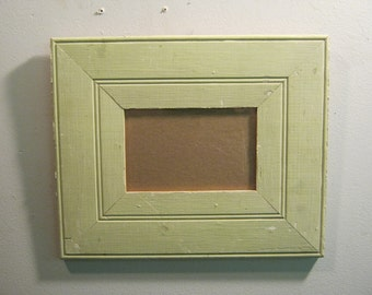 SHABBY ARCHITECTURAL SALVAGED Recycled Wood Photo Picture Frame 4 X 6 Vintage s 517-12