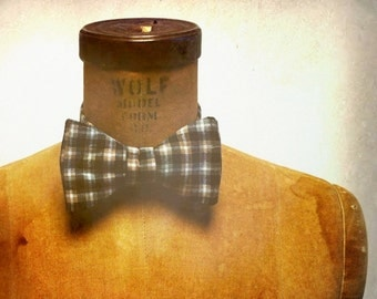 Mens / Boys Bow Tie - Geek Chic Number 61 - BLACK & TAN - Remnant Black and Tan Plaid Cotton
